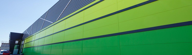 elewacja z płyt warstwowych różne kolory RAL